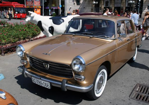 Peugeot 404