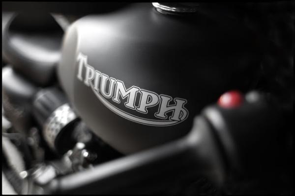 Triumph Adventurer